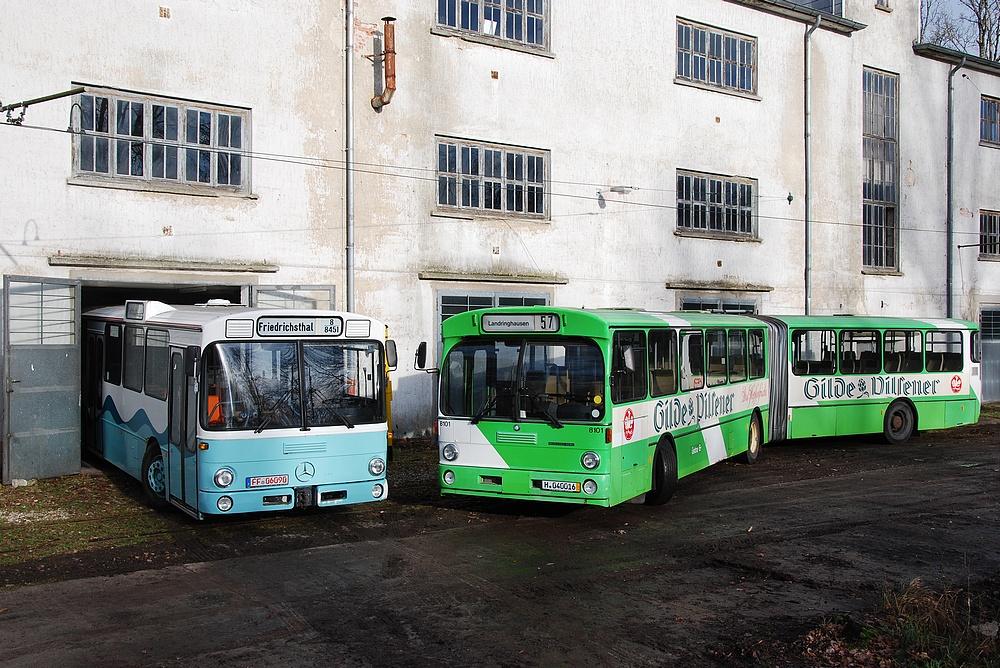 Stelldichein im Straßenbahnmuseum Wehmingen.